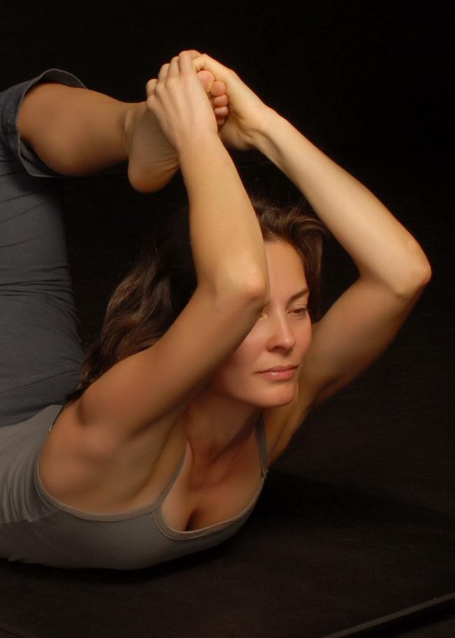 Amy Ippoliti in Beckons Yoga Clothing Yoga Camisol